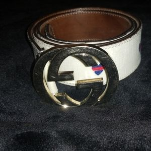 Super rare and vintage Gucci Broken Heart Belt